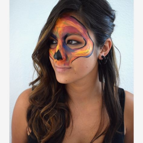 Cool half face scull mask Pretty Halloween makeup ideas! Haloween - cool makeup ideas for halloween
