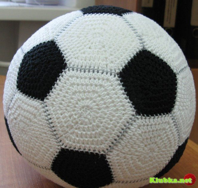 Soccer ball crocheted | make this for me mom! | Pinterest | Nietos y ...