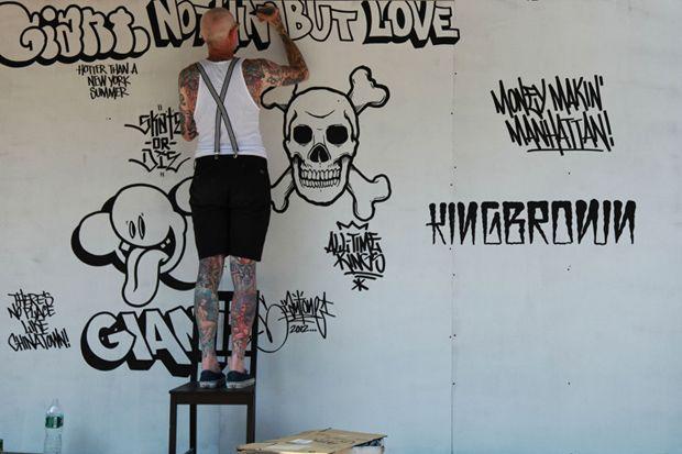 Mike Giant Mural @ Manhattan Bridge Chinatown