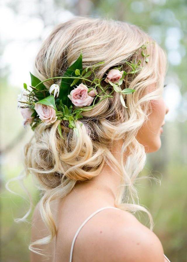 Pomysłowa Panna Młoda Fryzury ślubne Romantyczne Upięcie Włosów