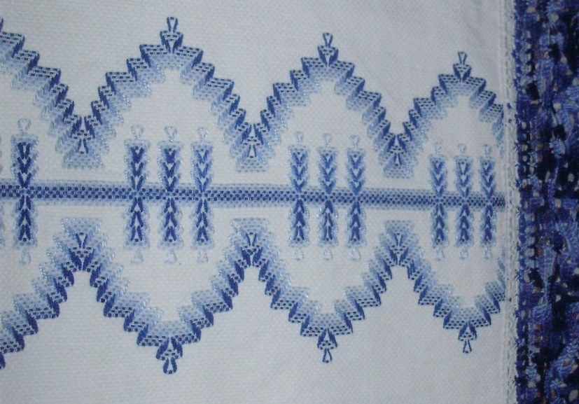 Vagonite/Huck Embroidery