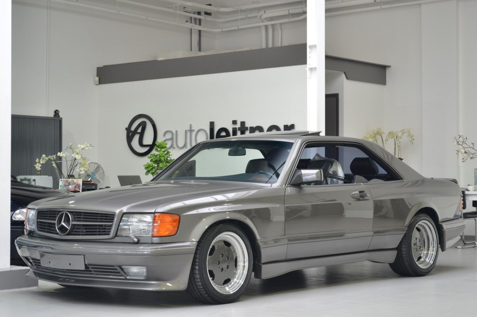 1990 mercedes 560 sec amg 6 0 widebody w126 antracietgrijs for Mercedes benz 560 sec amg for sale