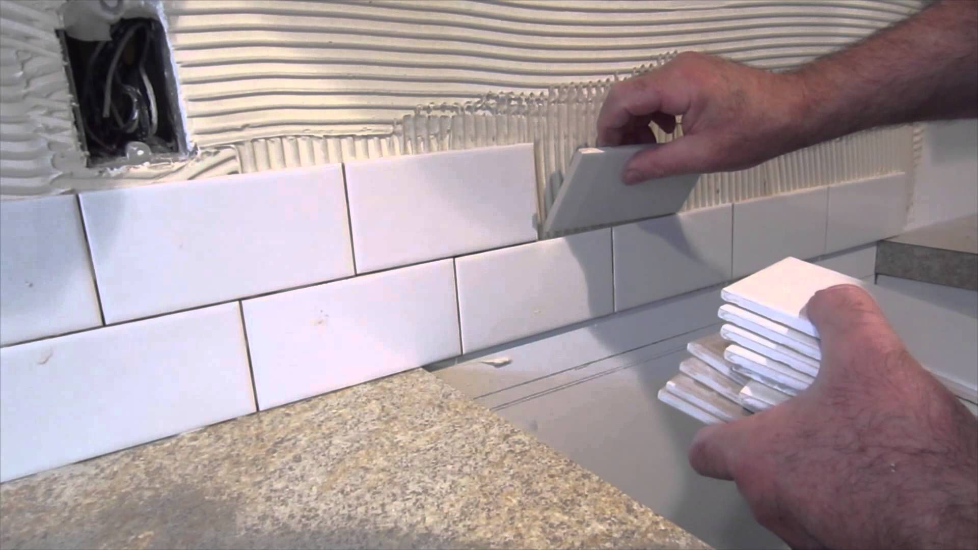 How To Install A Simple Subway Tile Kitchen Backsplash Diy Backsplash Subway Tile Kitchen Kitchen Tiles Backsplash