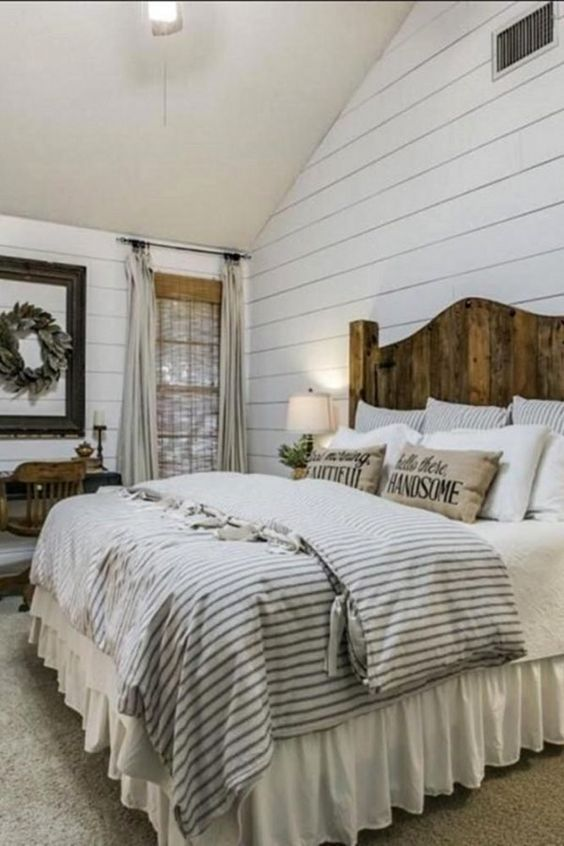 25 Most Admirable Farmstyle Bedroom Ideas For Unique Decor Beach House Style Bedroom D Farmhouse Bedroom Decor Rustic Farmhouse Bedroom Rustic Master Bedroom