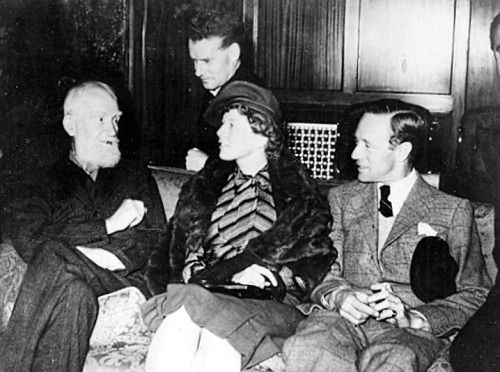 author george bernard shaw director anthony asquith wendy hiller author george bernard shaw director anthony asquith wendy hiller leslie howard on the set of pyg on
