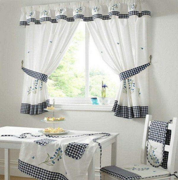 Merveilleux Cozy Kitchen Cake Small Window Curtains Sympathetic White Checkered  Tablecloth Apron Flowerpots