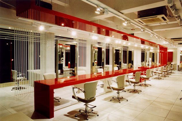 Image gallery hair salon interior design for Beauty salon designs for interior