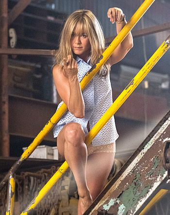 Jennifer aniston the millers strip impudence! Completely