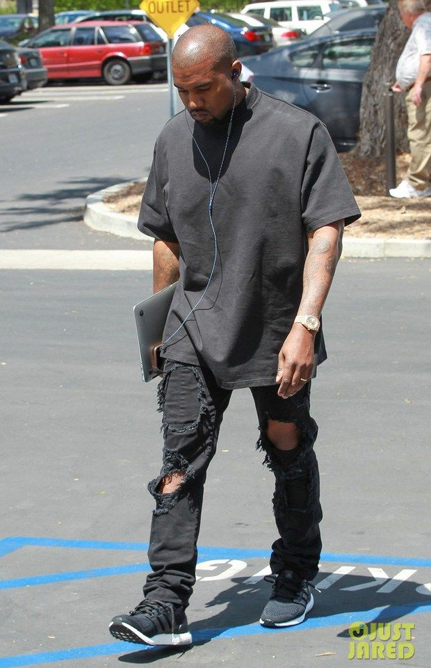 Justin Bieber arrives to adidas Originals x Kanye West YEEZY
