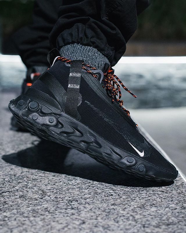 d40b3a102331a Check the NIKE REACT RUNNER MID WR ISPA BLACK out in this stealthy finish -  Hit
