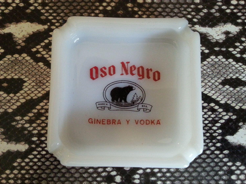 vintage oso negro ginebra y vodka black bear glass ashtray, mid