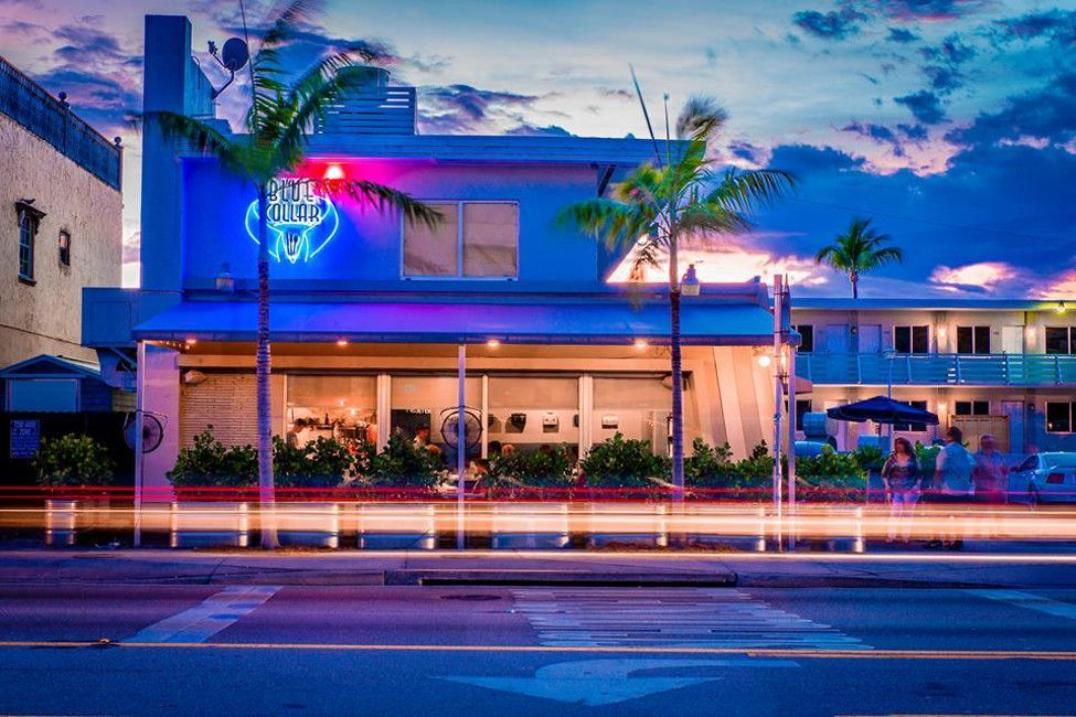 Try Out These Diners Drive Ins And Dives In Miami Vegetarian Restaurant Miami Travel Dive In Movie