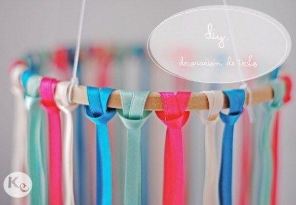 DIY-Decoracion colgante de lazos-Ribbon chandelier
