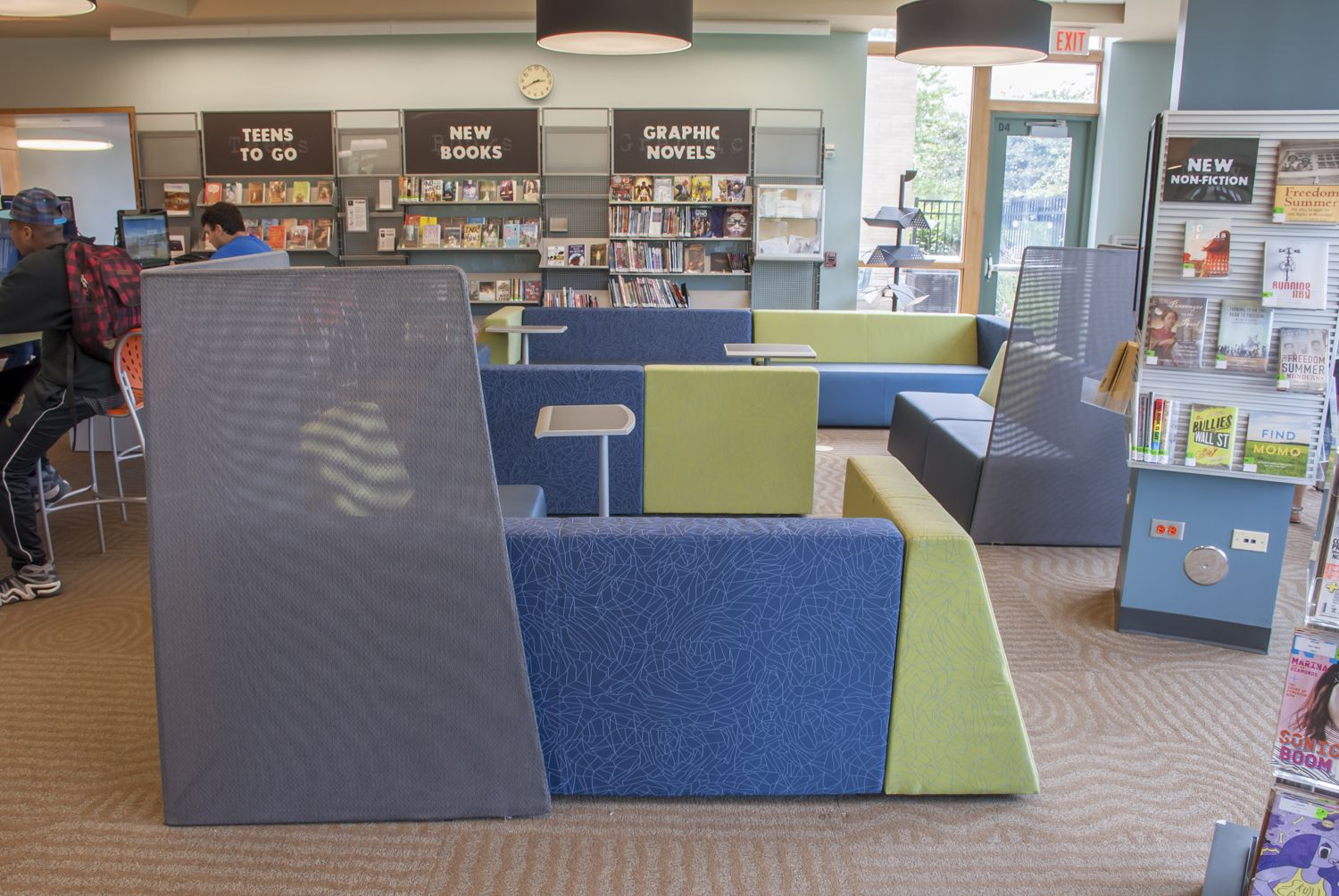 10 Library Cafe Style And Booth Seating Table And Chairs Ideas Booth Seating Library Cafe Cafe Style