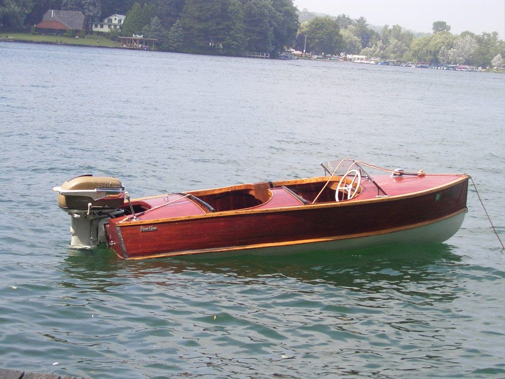 1954 penn yan captivator mahogany wooden boat antique for Motors for boats for sale