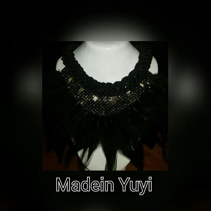 Collares#plumas#made_in_yuyi  Android  https://play.google.com/store/apps/details?id=com.roidapp.photogrid  iPhone  https://itunes.apple.com/us/app/photo-grid-collage-maker/id543577420?mt=8