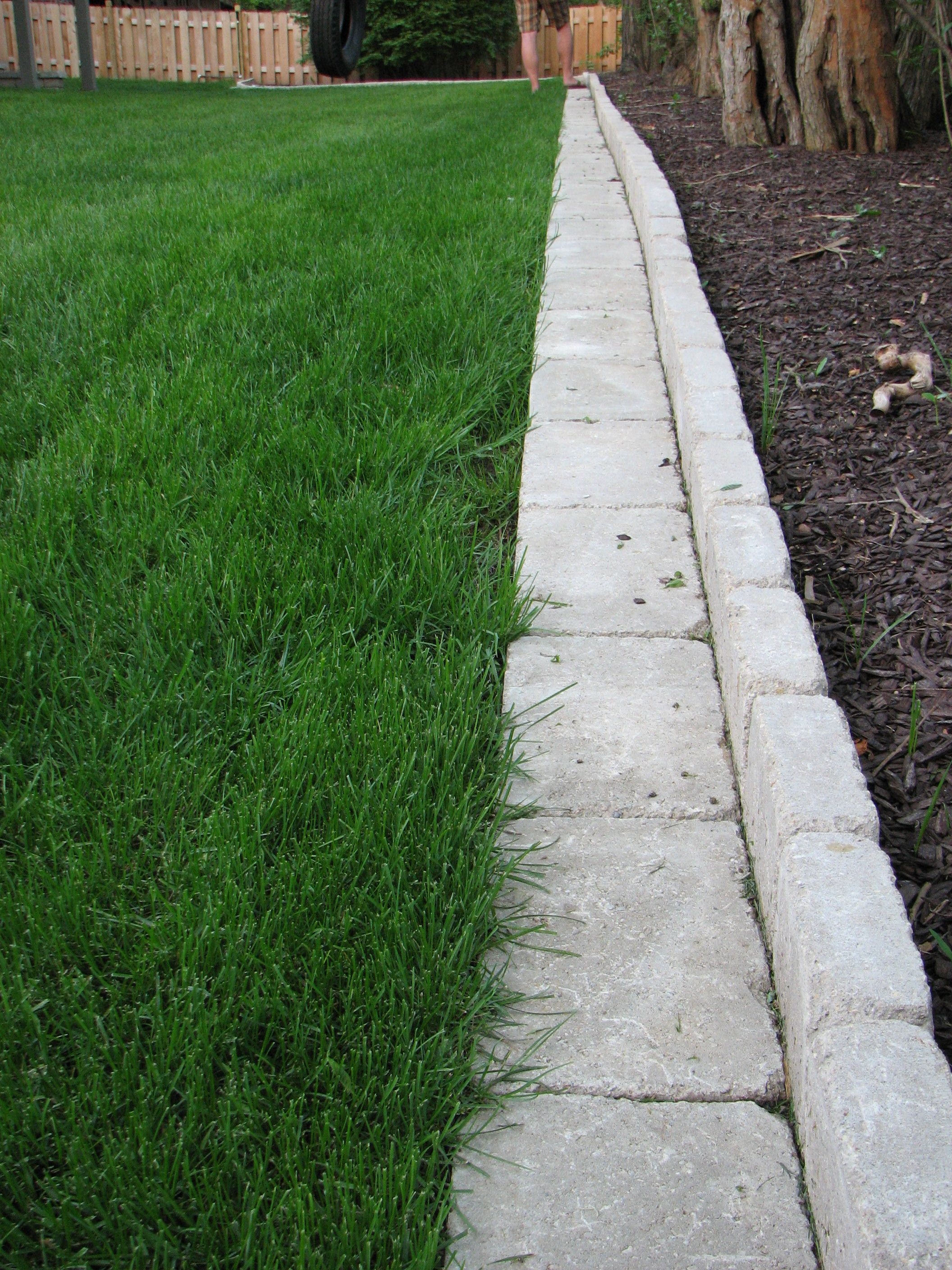 Pavers Make A Great Garden Border Whether Curved Or In Straight Line Units Are
