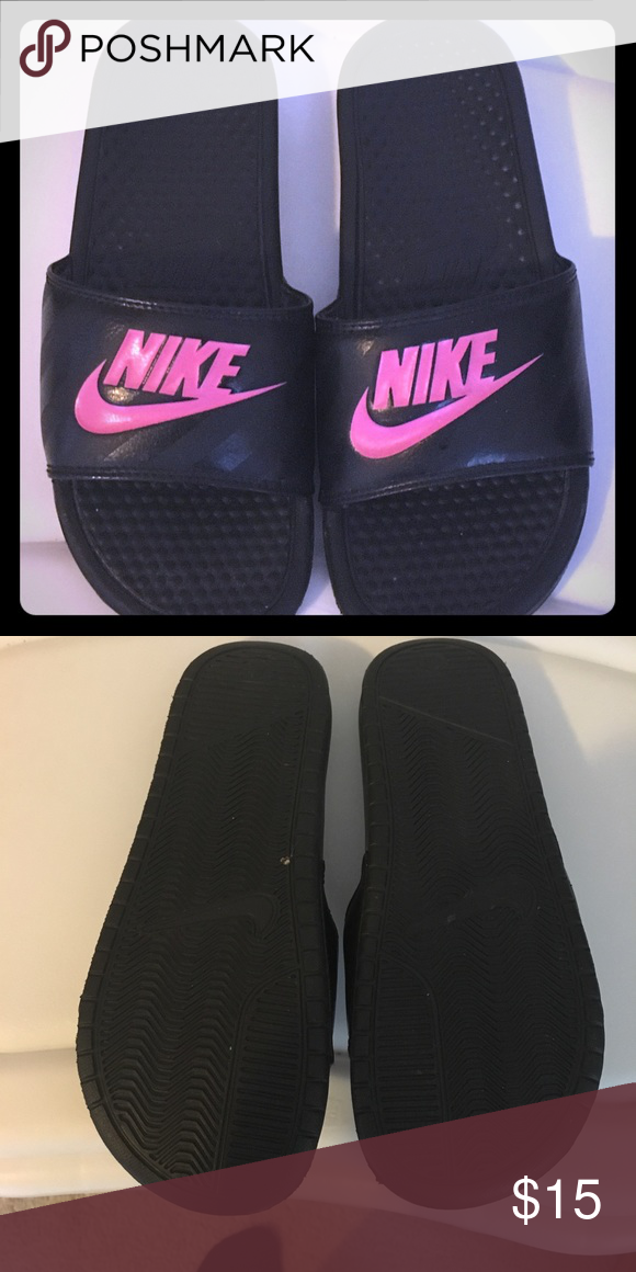 separation shoes b7d2e 94552 Nike Slippers Cute Comfy Slippers used only a couple of ...