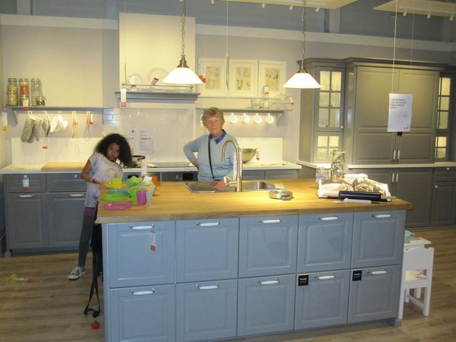 Ikea bodbyn island google search kitchen ideas for Google ikea cuisine