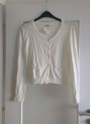 Kaufe meinen Artikel bei #Kleiderkreisel http://www.kleiderkreisel.de/damenmode/oberteile-and-t-shirts-sonstiges/110521272-strickjacke-von-steetone-super-zustand