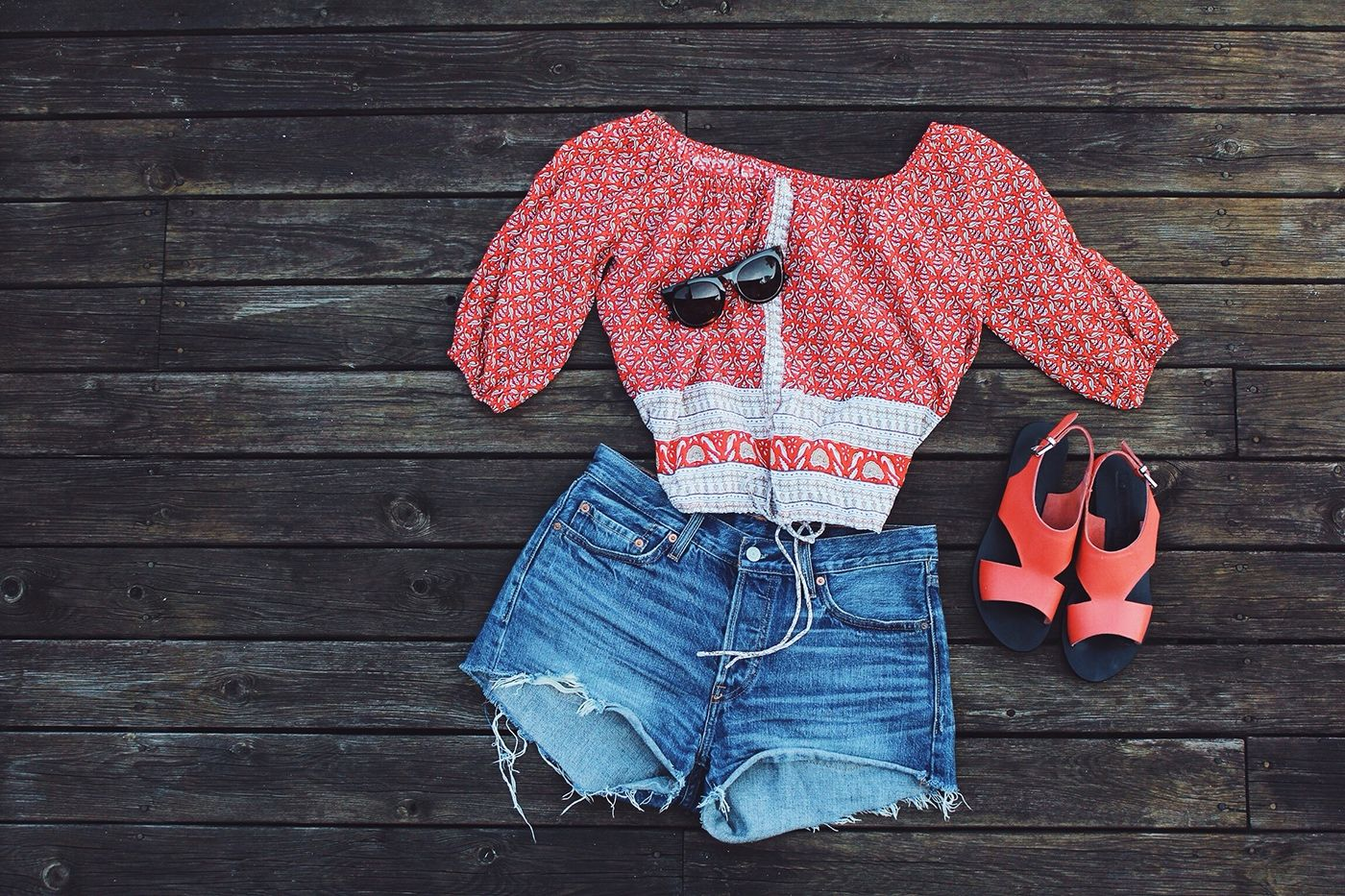 My Summer Essentials: Cute top and denim shorts