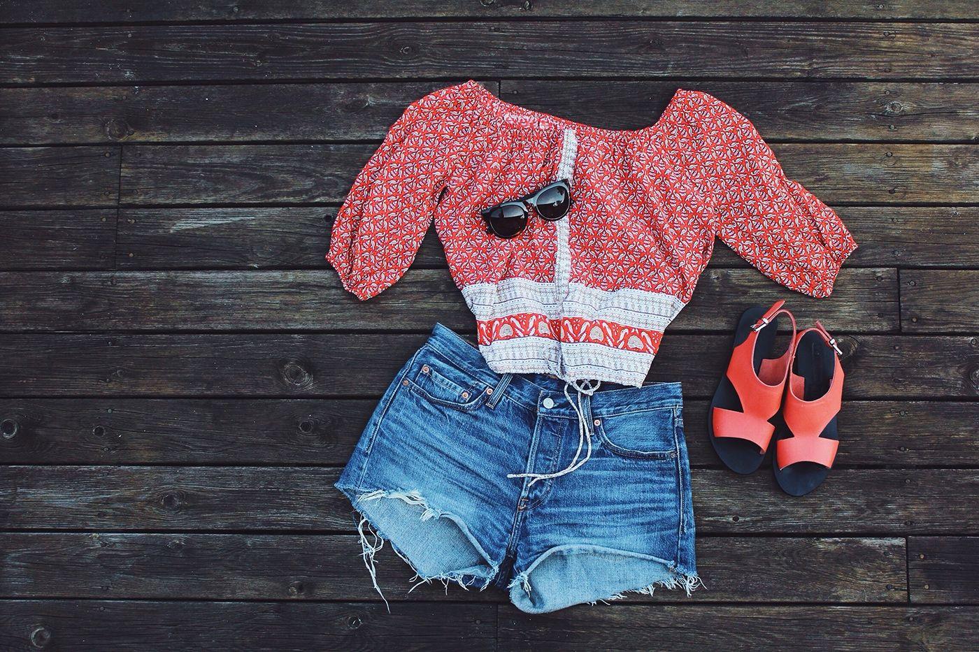My Summer Essentials: Cute top and denim shorts