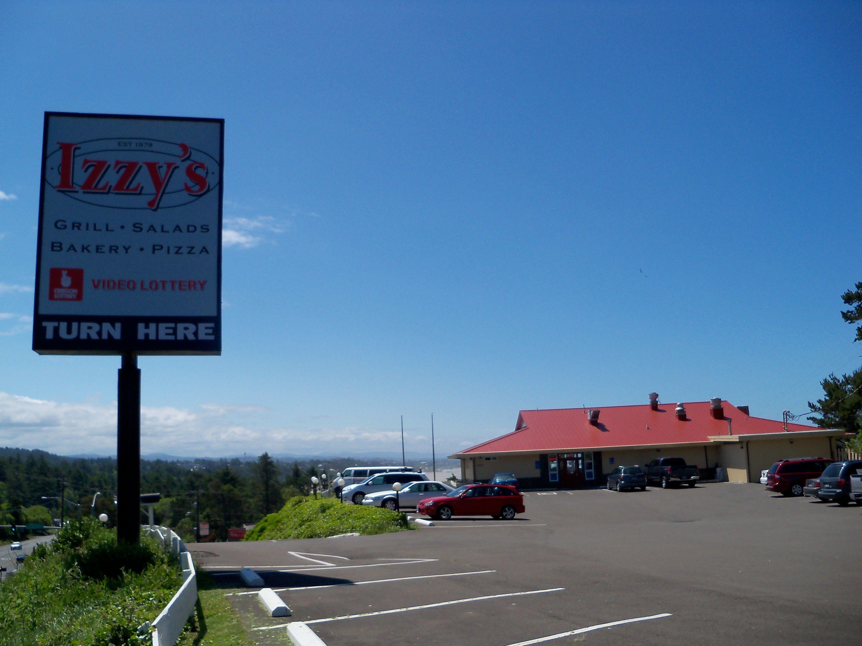 Izzyu0027s Pizza Smorgasbord in Newport Oregon wwworegonbeachvacationscom
