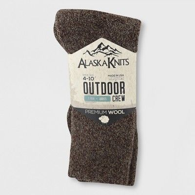 5515aa1e4 Alaska Knits Women s Fuzzy Hiker Crew Boot Socks - Black 4-10 ...
