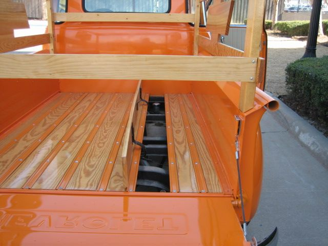 Homemade Hinged Bed Board Ideas The 1947 Present Chevrolet Gmc Truck Message Board Network Truck Bed Chevy Trucks Trucks