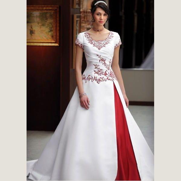 Plus Size Vintage Red And White Ball Gown Modest Wedding Dress