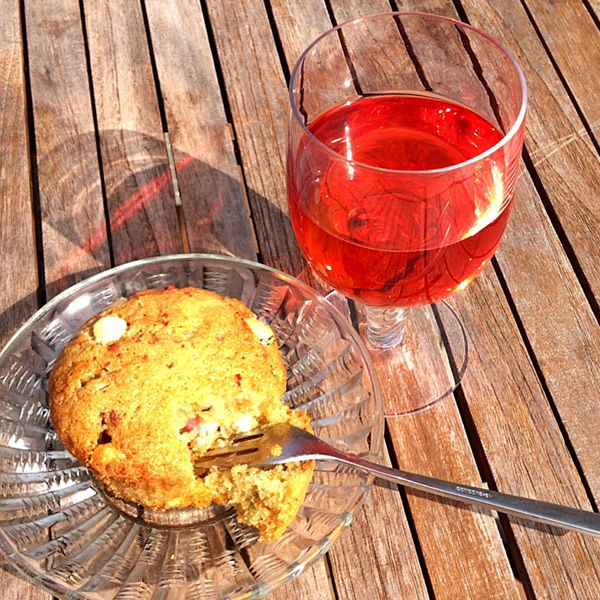 Rabarbermuffins med Unika Gnalling, hvid chokolade, kvan og rosa peber