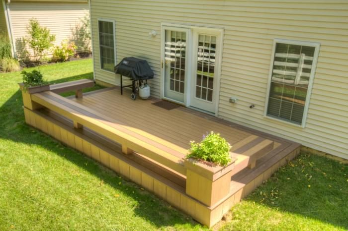 Deck with builtin seating and planter boxes google for Garden decking seating