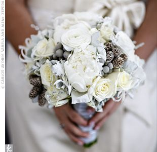 Bridal bouquet with gray accents