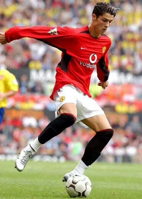 Pin By Morghan Newberry On Soccer Cristiano Ronaldo Young Cristiano Ronaldo Manchester Ronaldo