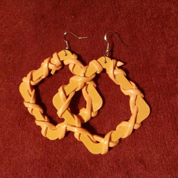 Wrapped Wooden Earrings Unworn, Dangly wrapped wooden square shaped earrings. They come in orange and blue Jewelry Earrings