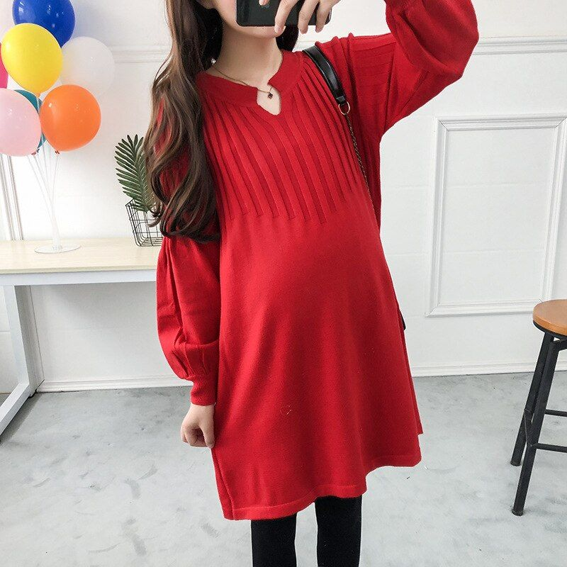 Autumn and winter new maternity dress dress loose sweater Vneck longsleeve head in the long sectio