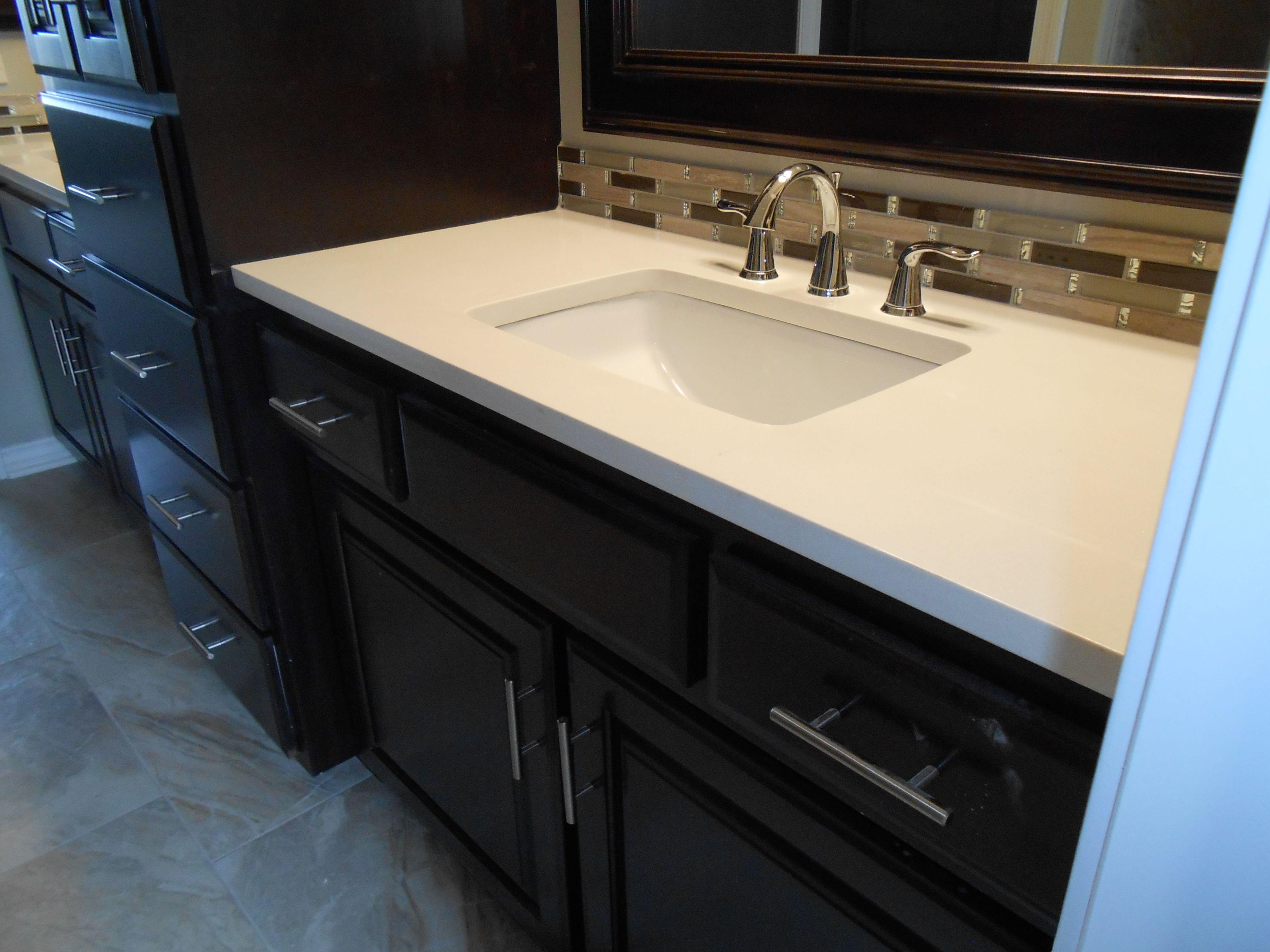 Vencil Homes Bathroom 3 Master Bathroom Vanity Quartz