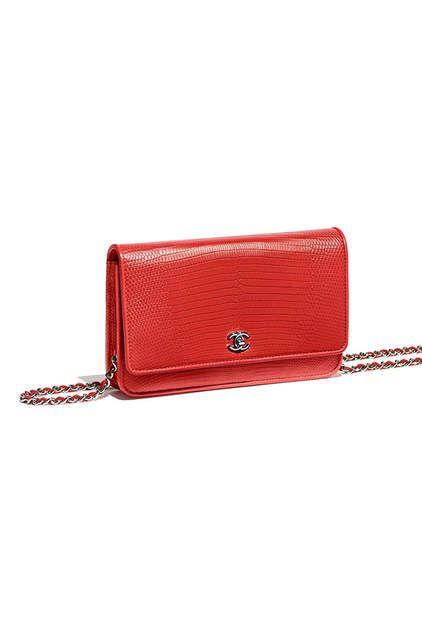 Pochette avec chaîne Classique, lézard   métal argenté-rouge - CHANEL 9e81c643d50
