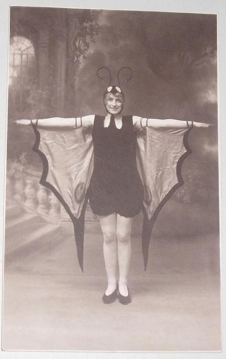 Super Butterfly Girl postcard 1915