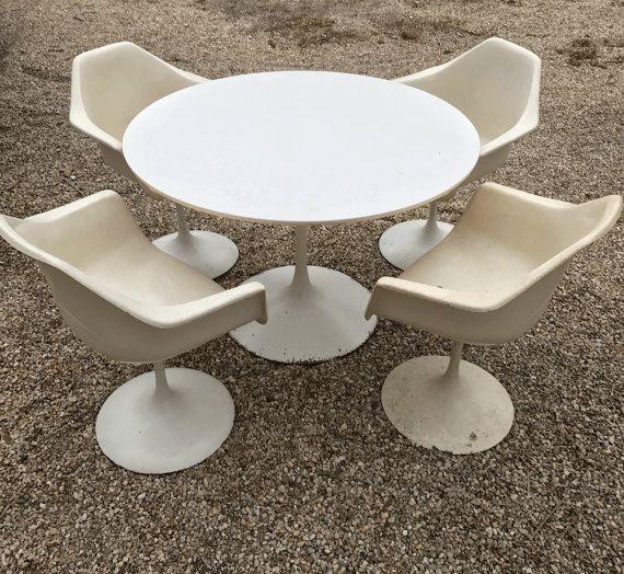 Burke Tulip Dining Table Swivel Arm Chairs Vintage Mid-Century Modern Saarinen Mushroom