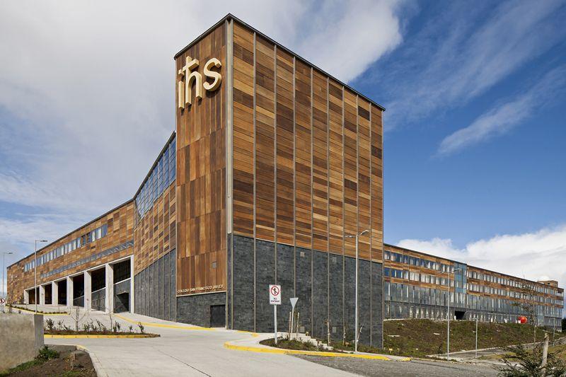 Colegio San Francisco Javier / Martin Hurtado Covarrubias & Sergio Quintana Felice Arquitectos Asociados