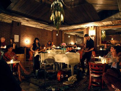 Nightlife & Music Piano Bar,  Manhattan Inn