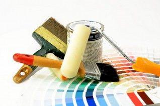 Peindre sur du papier peint : mode d'emploi | Outils de peinture, Travaux de peinture, Meuble ...