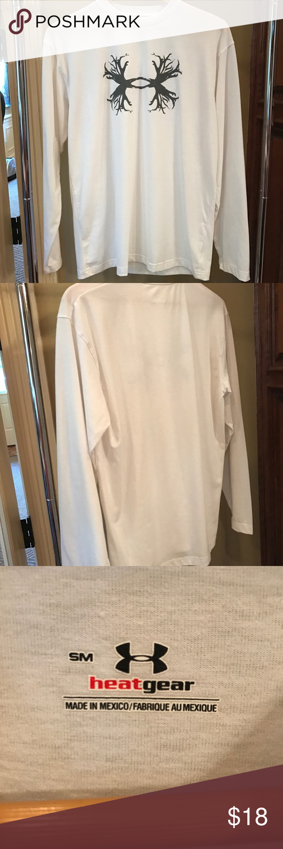 Under armour long sleeve tee Great condition. No flaws Under Armour Shirts Tees - Long Sleeve
