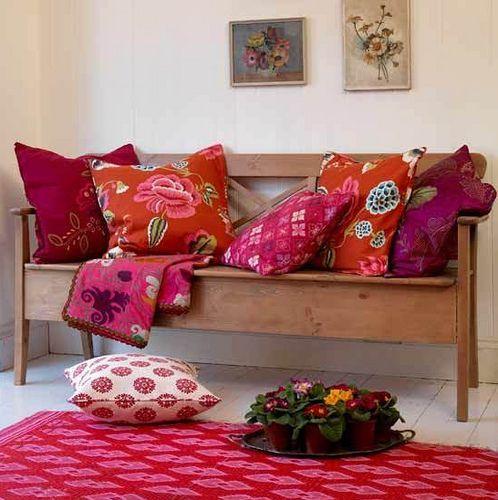 cicek ve cicek desenleri kullanimi canli cicekler ve kumas desenleri ile dekoras… Balkon