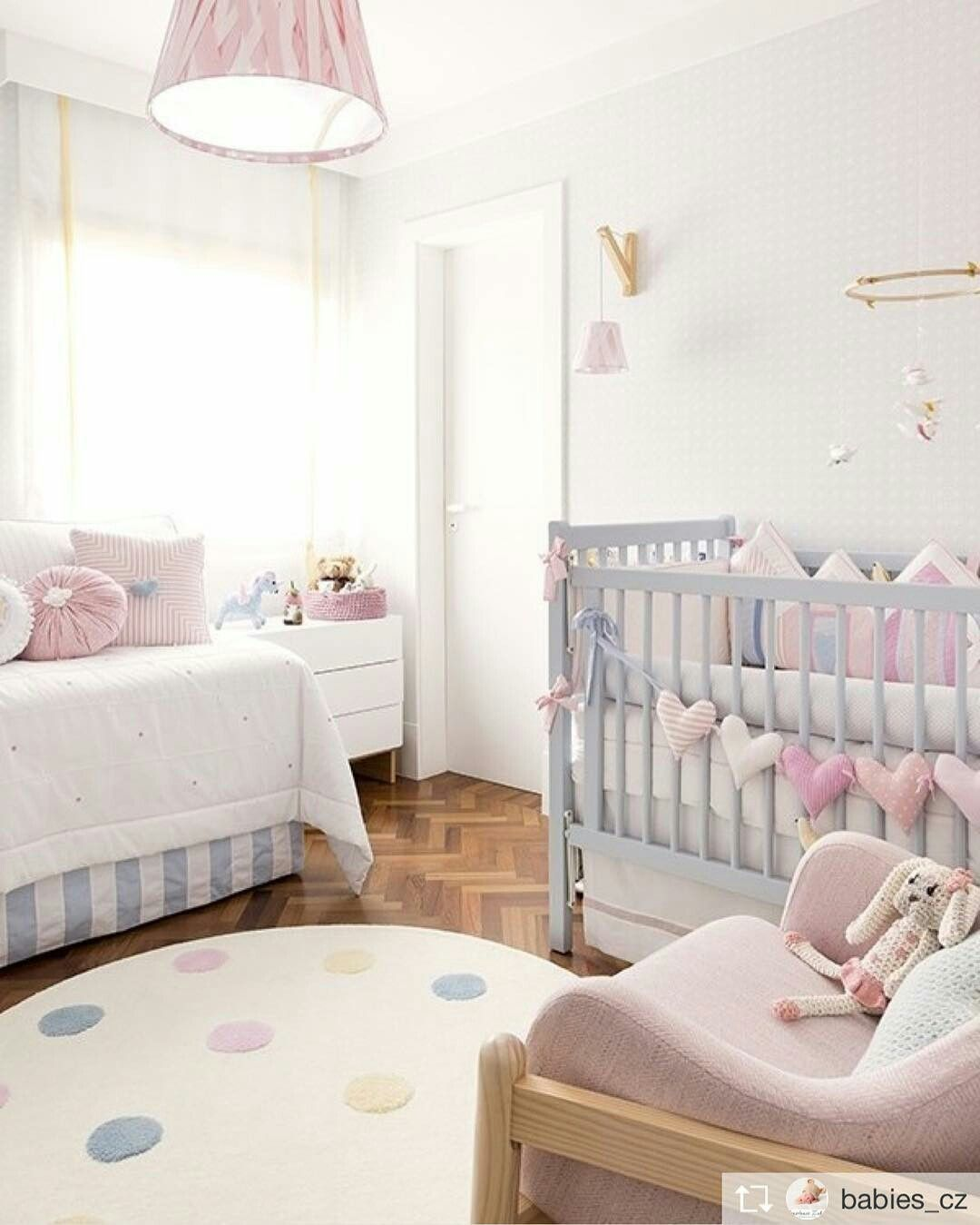 delicado neutral baby bedding sets pinterest quarto bebe quartos e quarto bebe menina. Black Bedroom Furniture Sets. Home Design Ideas