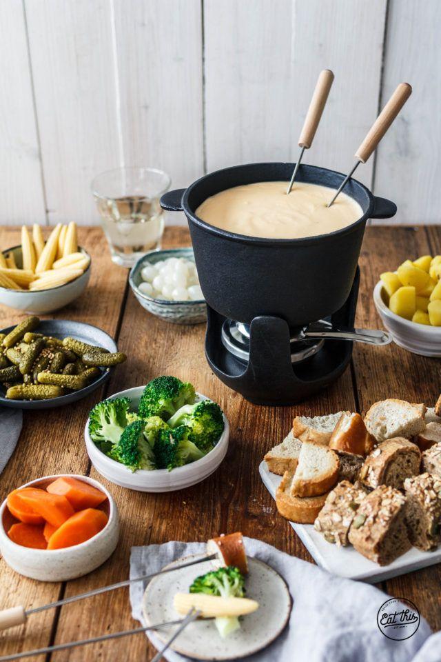 Veganes Käsefondue · Eat this! Foodblog • Vegane Rezepte • Stories