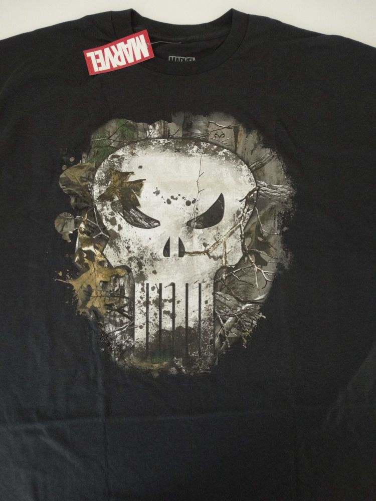 bdb024e367583 The Punisher Camouflage Camo Leafs Skull Logo Realtree Marvel Comics T-Shirt   Marvel  GraphicTee