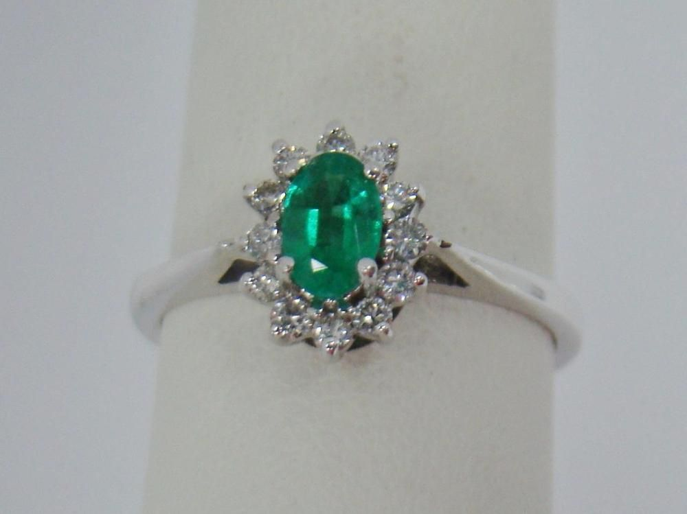 14K WHITE GOLD RING OVAL CUT 50 ct GENUINE EMERALD 15 cttw
