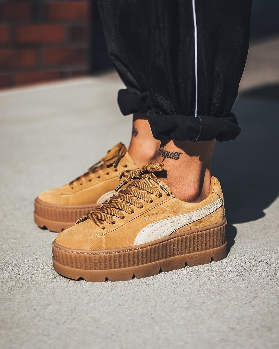 pretty nice f03e4 b40c1 Fenty By Rihanna x Puma Cleated Creeper Suede